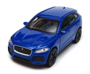Jaguar F-Pace 1:34-39 model WELLY