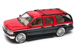 Chevrolet Suburban 2001 tunning 1:24 WELLY 22090T