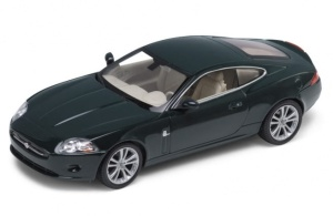 Jaguar XK Coupe 1:24 model WELLY do złożenia 22470MK