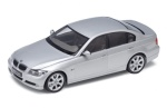 model BMW 330i 1:18 Welly