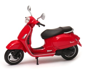 Vespa GTS 125CC 1:18 model WELLY