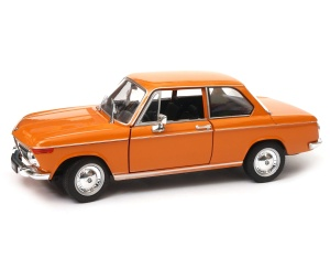 BMW 2002ti model Welly w skali 1:24