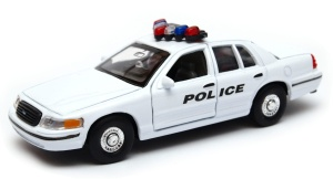Ford Crown Victoria Highway Patrol Police 1:34-39 model  Welly